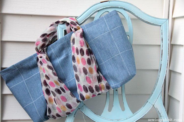 Scarves make great bag handles - 10 Things to do with a Scarf