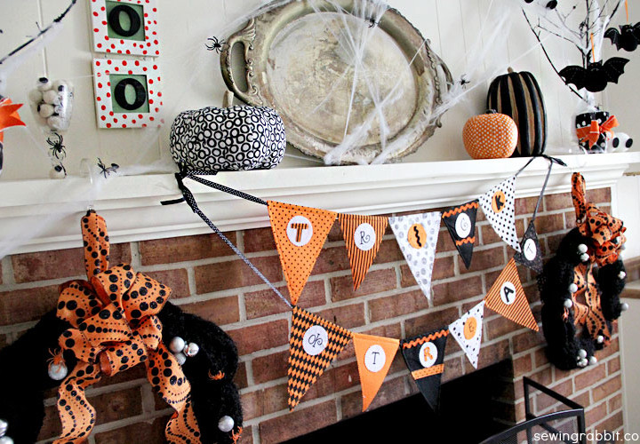 Halloween Mantel DIY - #SpookySpaces