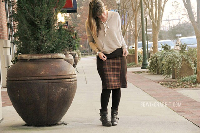 12 Skirts of Christmas - Side Panel Knit Skirt DIY