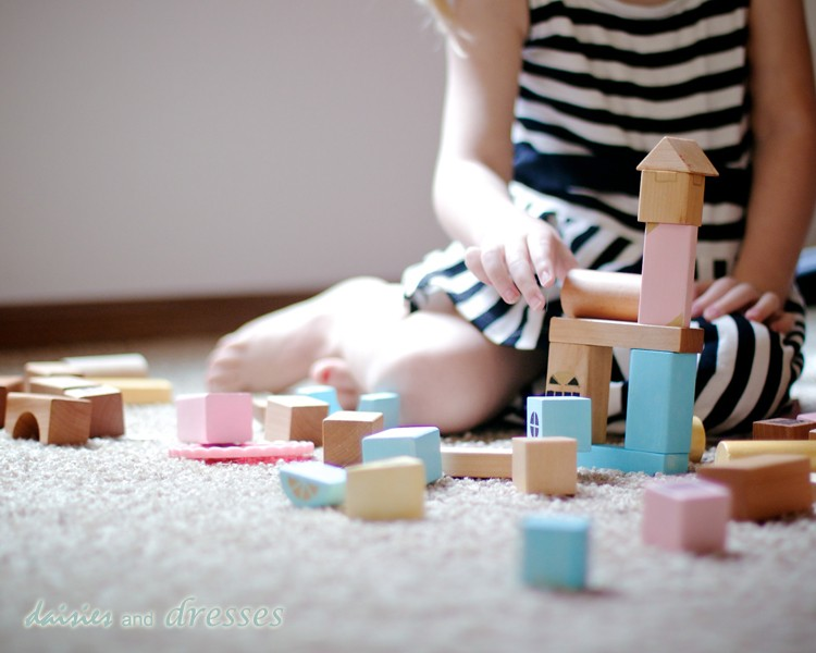 Give your wooden blocks a make over - AWESOME Summer activity!
