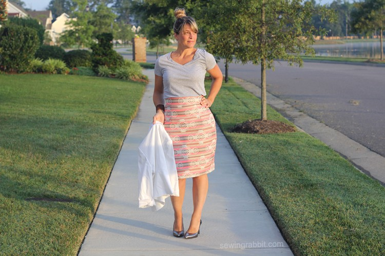 How to add a Tummy Control Panel - Pencil Skirt DIY