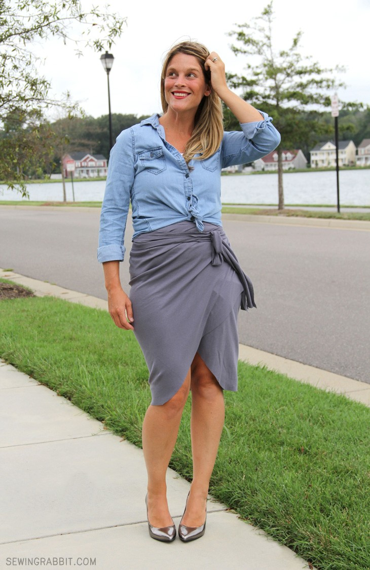 how to wear a wrap skirt
