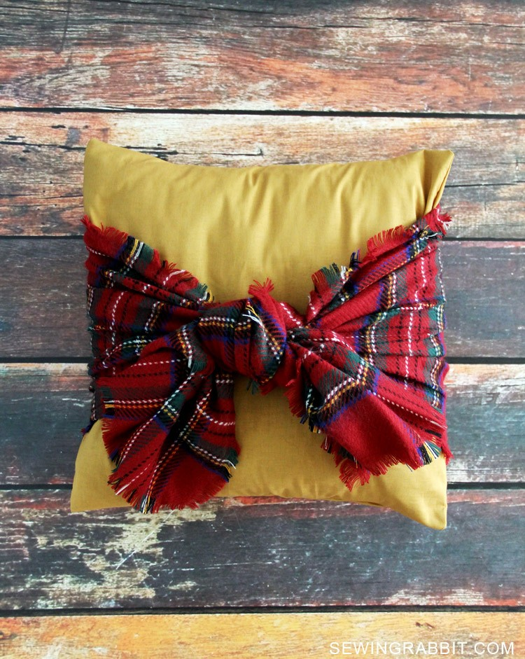Tie a Scarf around a Pillow, EASY UPDATE!
