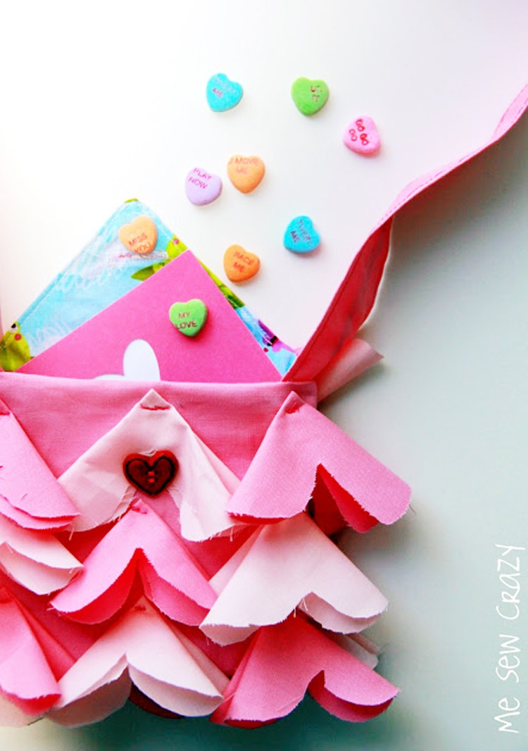 Ruffled Heart Kids Purse DIY