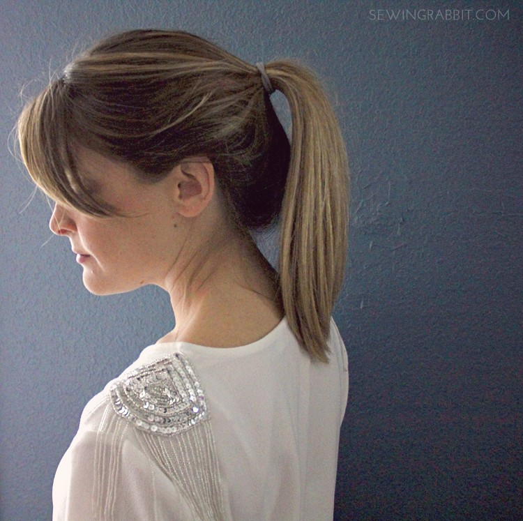 Sequin Shoulder DIY - add sequins to your shoulders in less than 10 minutes!
