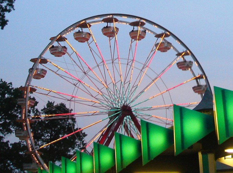 Playland_Gondola_Wheel