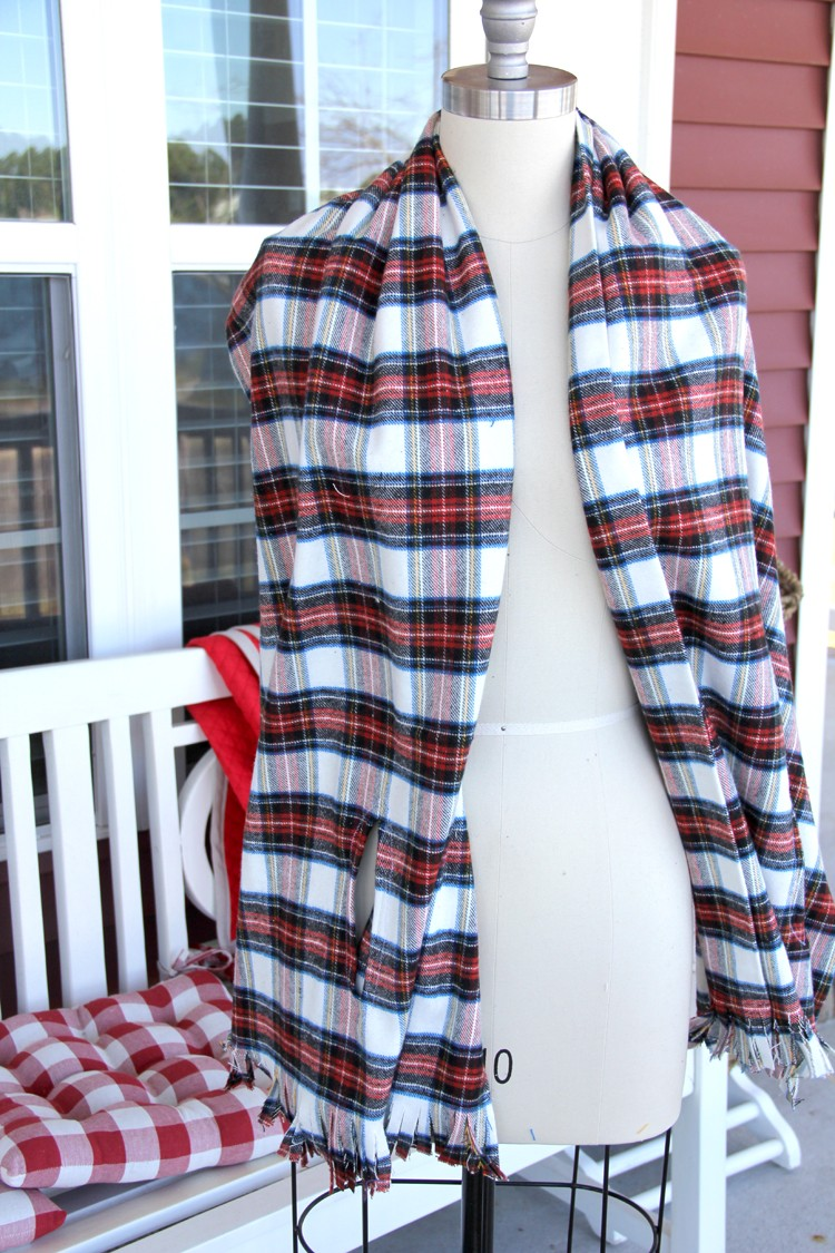 Women's Plaid Cape Scarf DIY