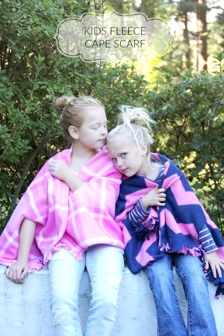 Kids Fleece Cape Scarf DIY