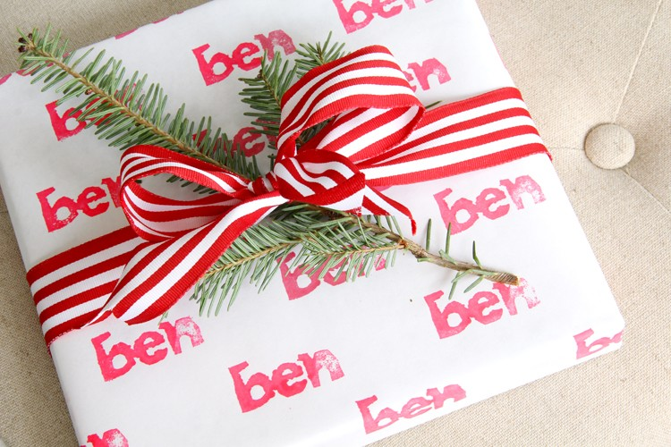 How to custom stamp your wrapping paper