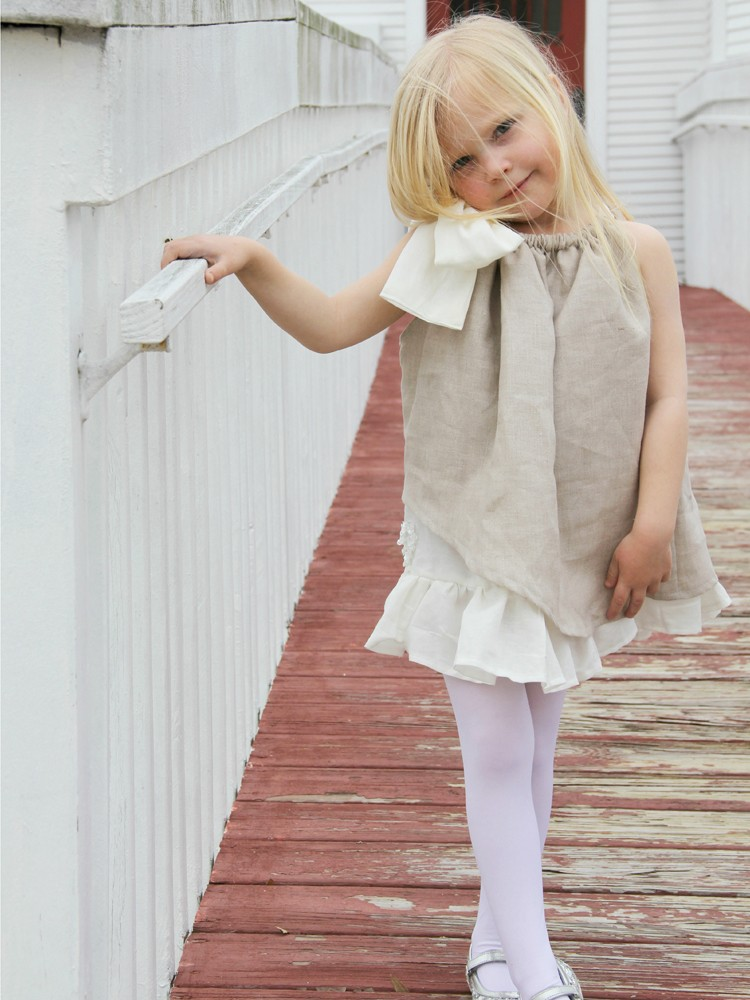 how to make a ruffle pillowcase dress || perfect for you growing girl!