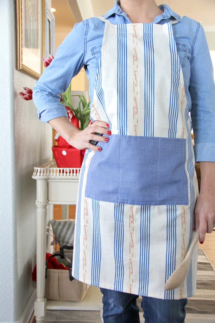 unisex apron pattern  ||  free apron sewing pattern, great handmade gift idea for the culinary lover