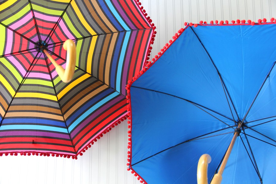 How to add pom pom trim to an umbrella