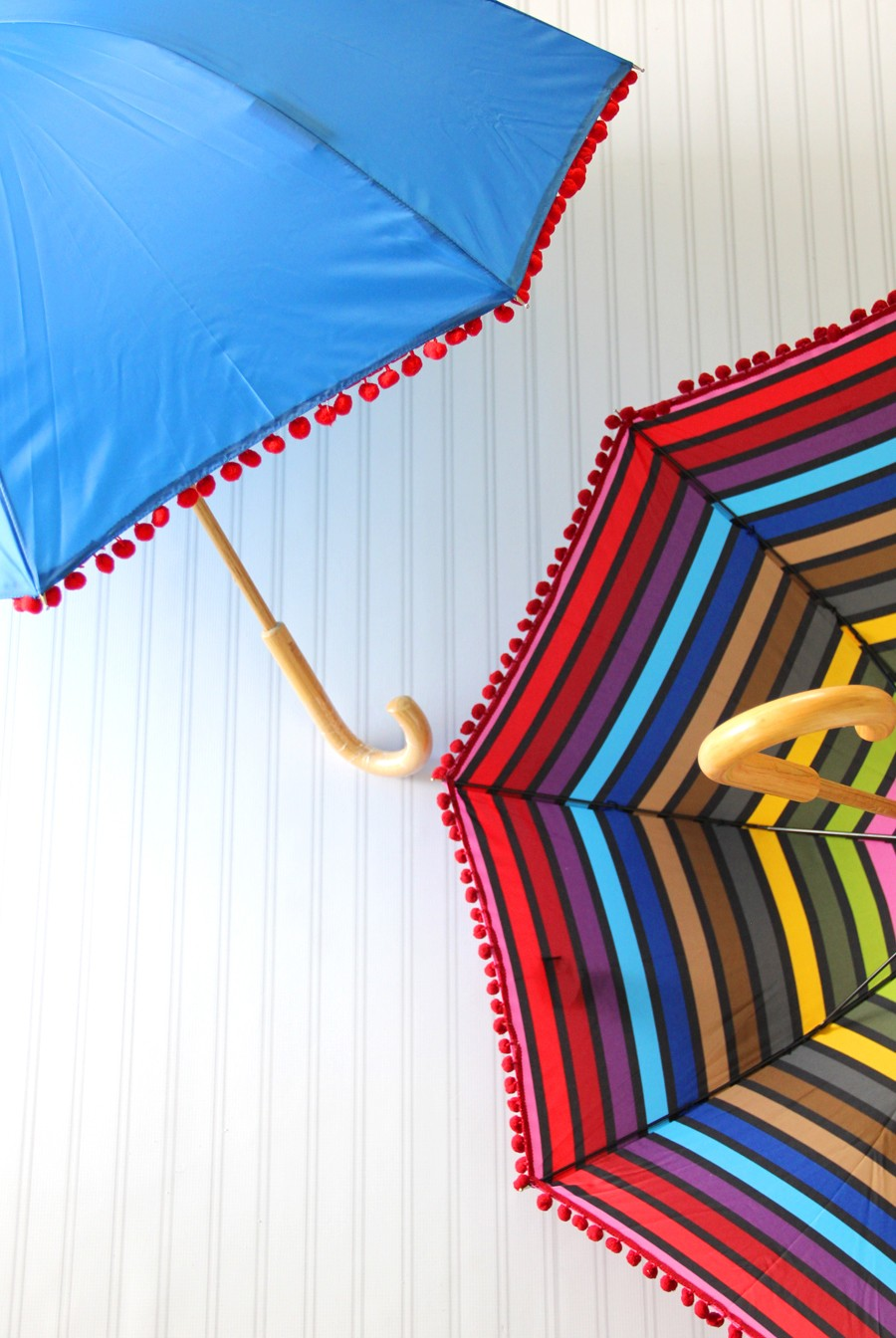 how to make a pom pom umbrella
