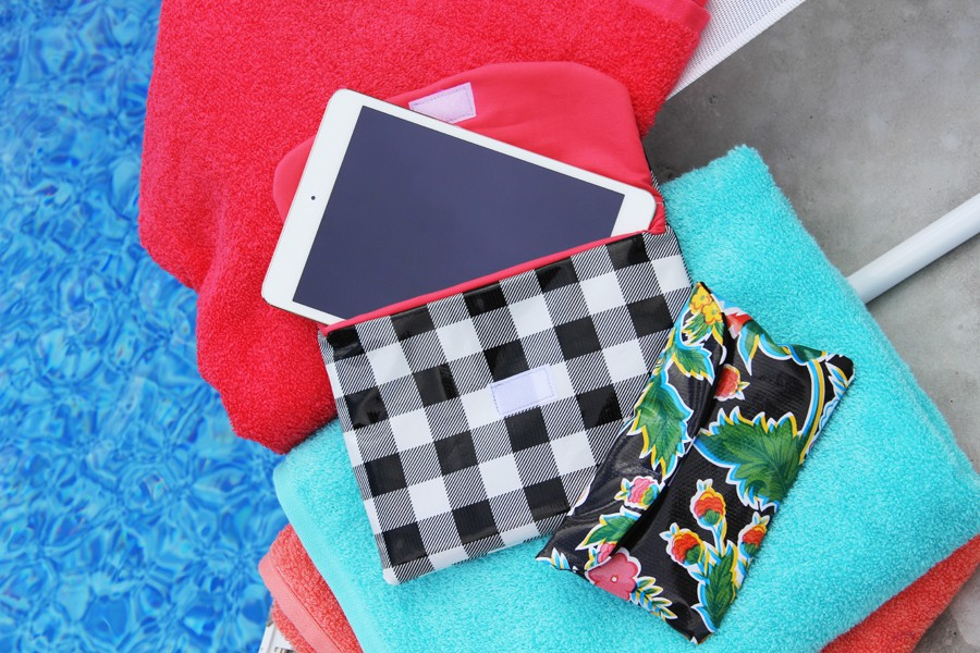 how to make a water resistant iPad or iPhone case to protect your electronics this Summer