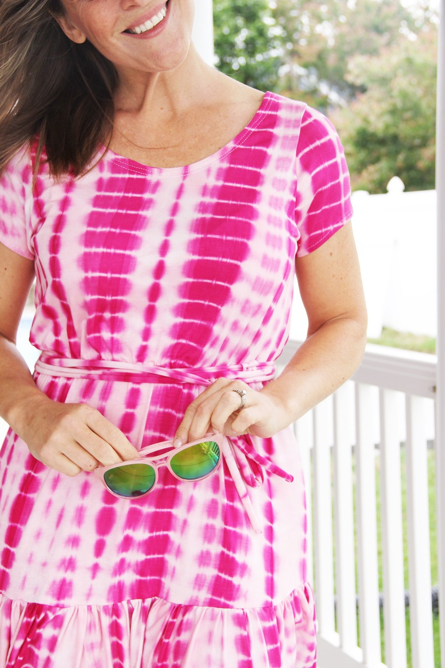 It's a tie dye kinda Summer. Easy sewing tutorial for a tie die elastic waist knit dress, with bottom ruffle.
