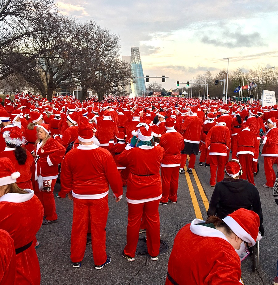 Most Santas running in a race, Guiness Book of World Records