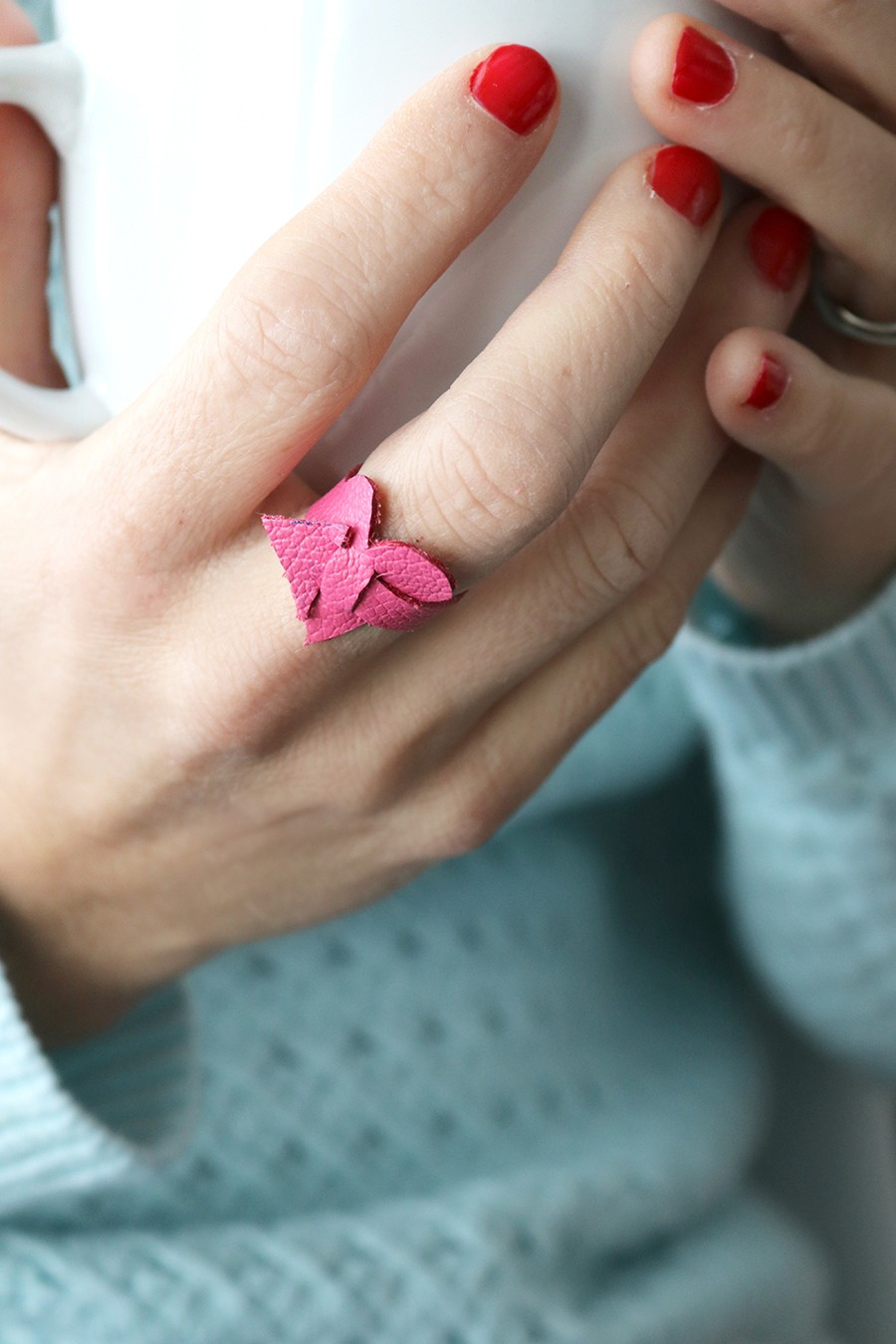 make an easy leather heart ring this Valentine's Day!