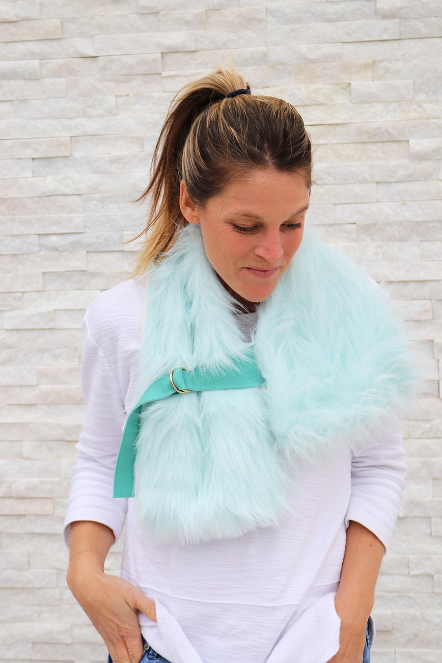 fur buckled stole DIY