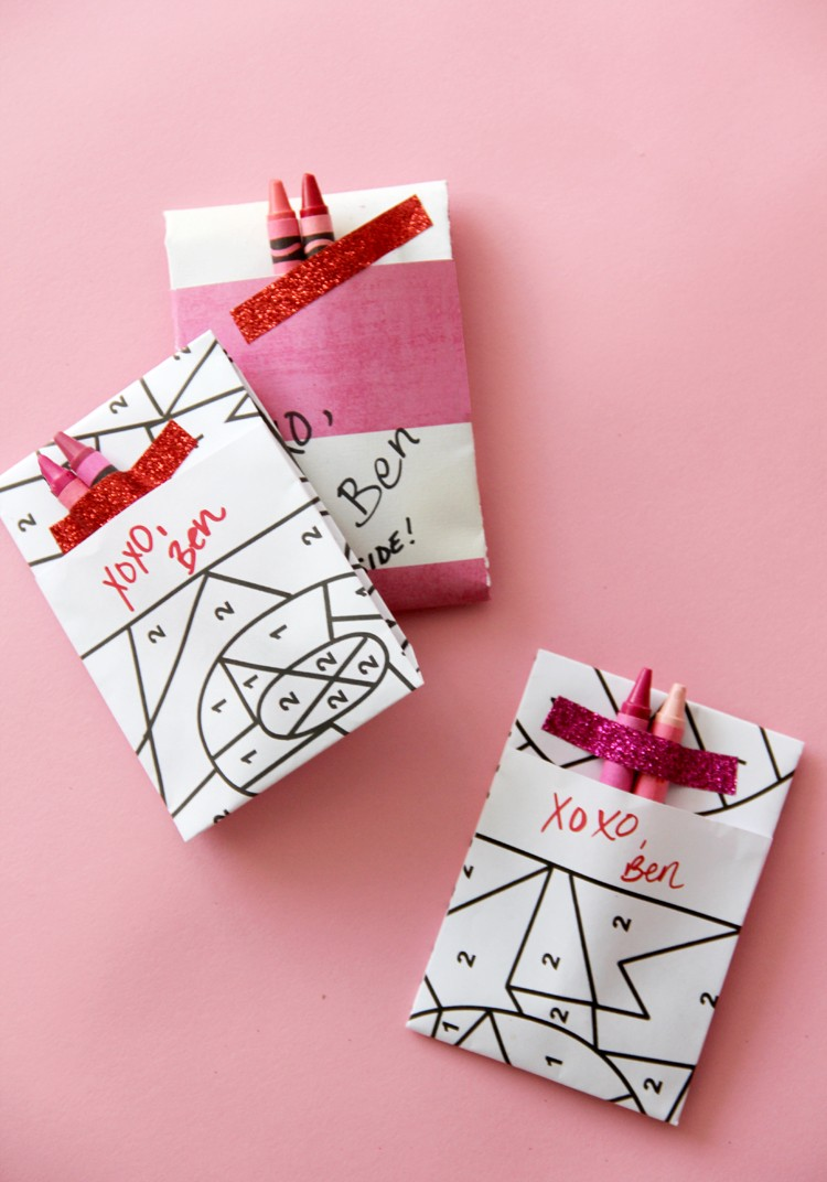 Free printable color by number valentines day cards - kids craft!