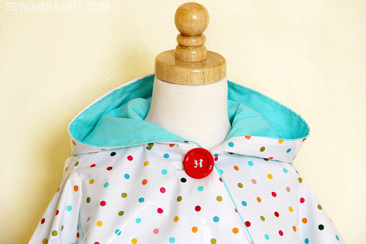 circle poncho DIY - sew an easy kids raincoat using this poncho tutorial and laminate cotton