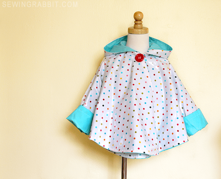Circle Poncho DIY - make an easy raincoat using laminated cotton