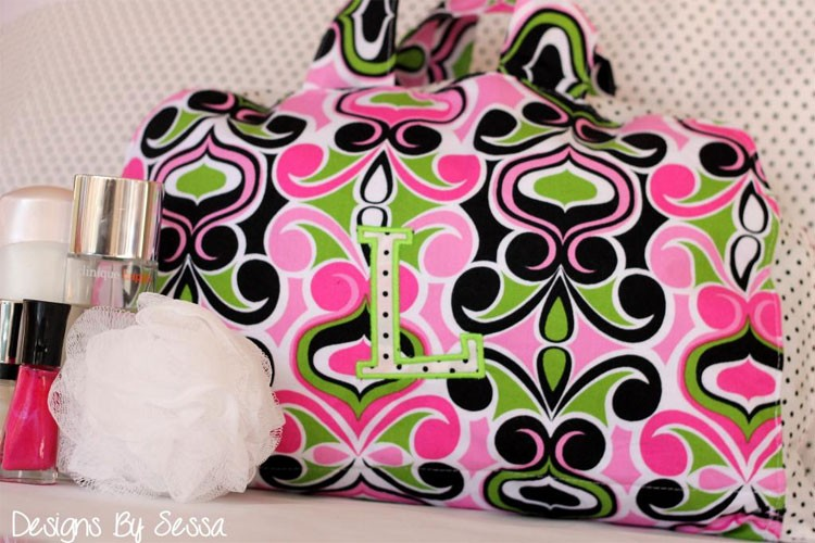 Cosmetic Bag DIY, with Free Pattern