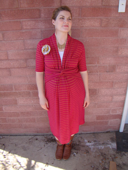 Got Milk? 10 Patterns and DIYs for Breastfeeding Moms - The Sewing ...