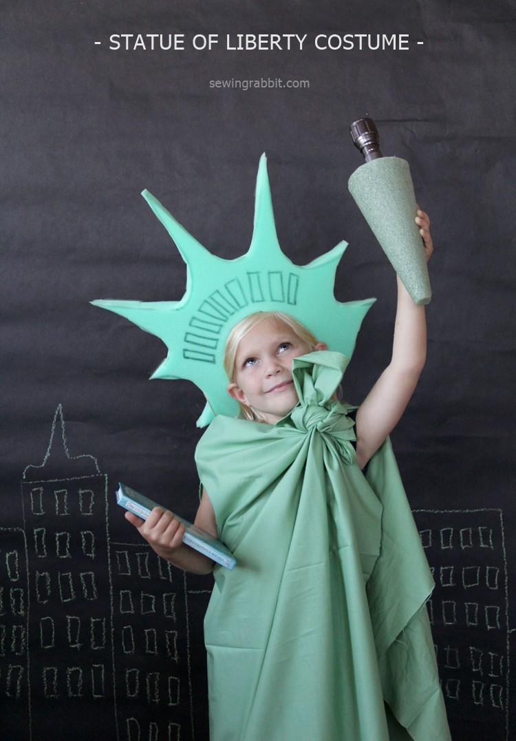 Totally easy handmade Halloween Costume - the Statue of Liberty