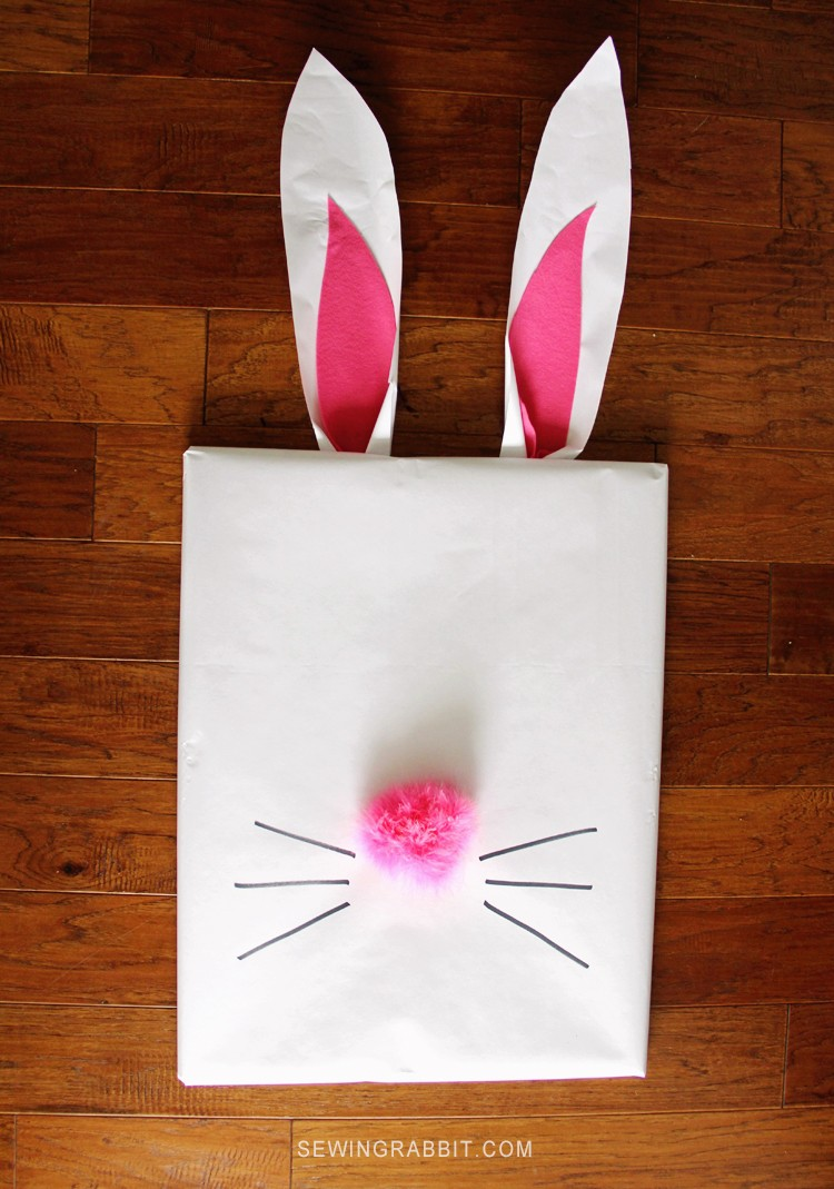 Easter Bunny Picture Frame - The Sewing Rabbit