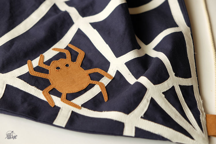 Tutorial: Drawstring Backpack (by Näh-Connection for the Sewing Rabbit)