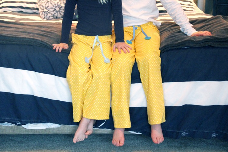 make matching pajama pants with this easy sewing tutorial!