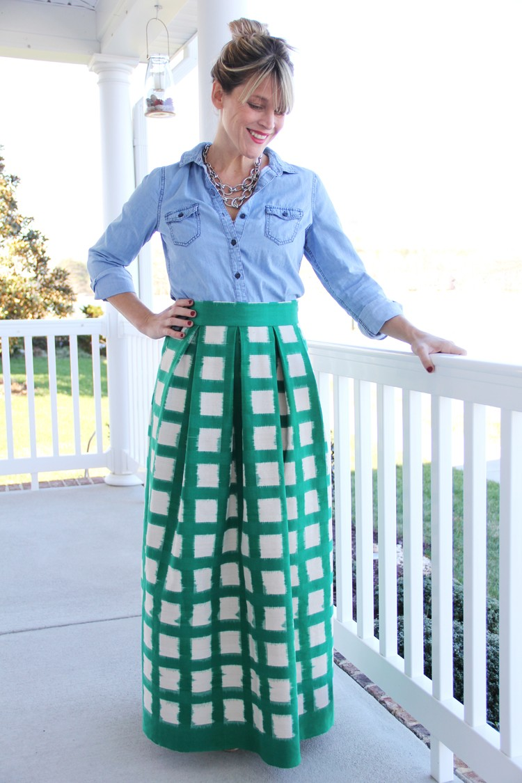 Women's Pleated Maxi Skirt DIY