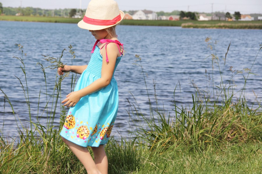 How to make the worlds easiest summer sundress....just ONE seam!