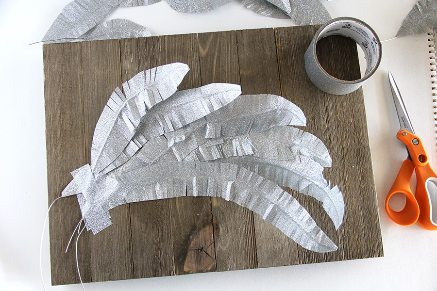 how to make duck tape feathers that bend