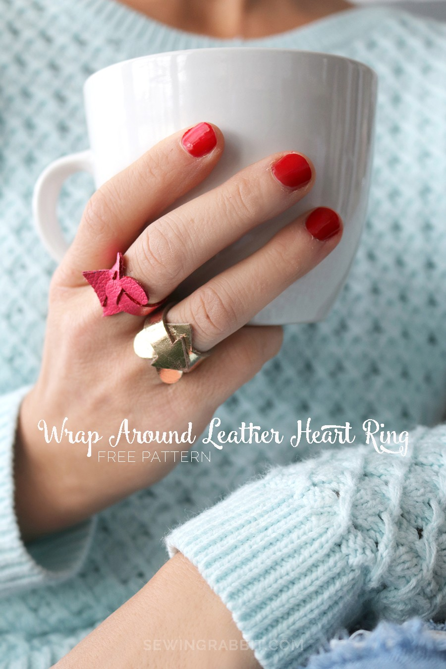 what a fun idea for Valentine's Day! Make an easy leather heart ring with this free jewelry pattern